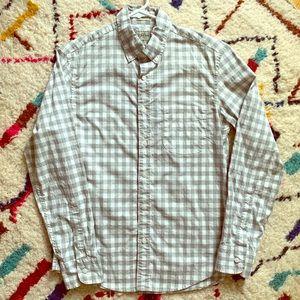 J Crew untucked gray gingham long sleeve shirt